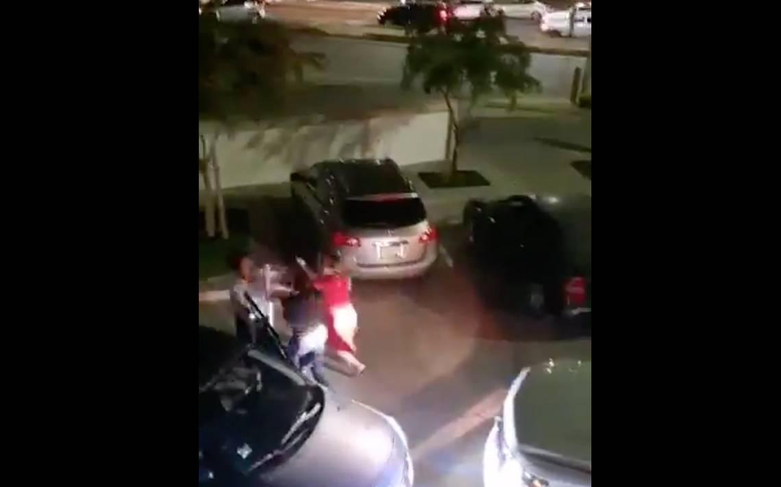 [VIDEO] ¡De las greñas! Tres mujeres protagonizan altercado en Hermosillo - El Sol de Hermosillo