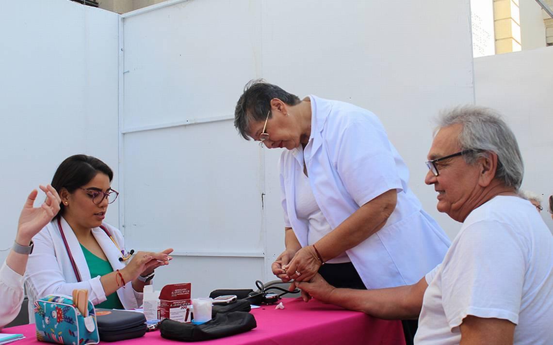 Coloca DIF Hermosillo módulos de detección de diabetes - El Sol de Hermosillo